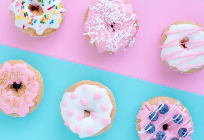 کلاس آموزشی شیرینیپزی در خیریه برین